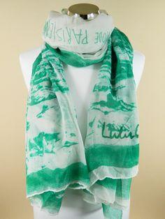 "Foulard Lulu Castagnette ""Riviera 3"" plage et écritures, fond blanc motifs verts"