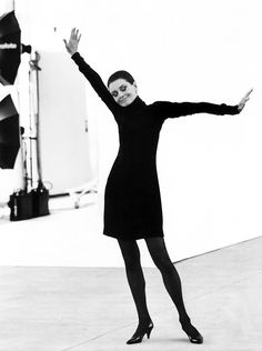 Audrey Hepburn photographed by Steven Meisel for Vanity Fair (May 1991 issue). When this shot was being taken, Audrey was concerned that she showed too much leg. Photograph by Steven Meisel, Courtesy A+C Anthology. British Actresses, Actors & Actresses, Audrey Hepburn Born, Steven Meisel, Fair Lady, Vanity Fair, Old Hollywood, Role Models, Marie