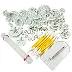HomeyHouse 14 Sets Flower Fondant Cake Sugarcraft Decorating Kit Cookie Mould Icing Plunger Cutter Cake Tools -- Check out this great product. (This is an affiliate link) Cookie Cake Decorations, Dessert Decoration, Cake Decorating Kits, Decorating Supplies, Tool Cake, Smooth Cake, Smooth Icing, Cake Cutters, Phone Cases
