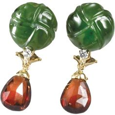 Earrings Jade Carved Knots Pear Garnets ($1,450) ❤ liked on Polyvore featuring jewelry, earrings, pear earrings, jade jewelry, carved jade jewelry, clip back earrings and jade earrings