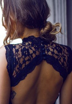Open Back Lace Dress - Black
