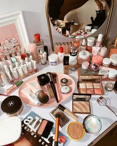 Makeup storage, drugstore makeup, sephora makeup, beauty makeup, makeup g. Concealer, Bronzer, Makeup Storage, Makeup Organization, Storage Organization, Storage Ideas, Drugstore Makeup, Makeup Cosmetics, Makeup Products