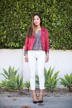 Looks super put together (but I would use plain white jeans instead of jeans with that side embellishment)