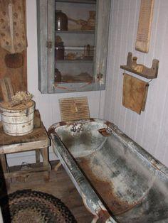 The Old Tattered Flag: A primitive homestead tour. Primitive Country Bathrooms, Primitive Homes, Rustic Bathrooms, Country Primitive, Primitive Decor, Antique Decor, Or Antique, Vintage Decor, Tiny House Cabin