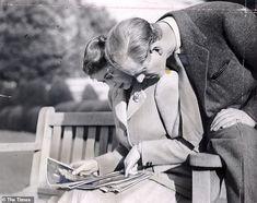 Princess Elizabeth (Queen Elizabeth II) and the Duke of Edinburgh, on honeymoon, photograp. Princess Elizabeth, Princess Margaret, Queen Elizabeth Ii Wedding, Queen Elizabeth Ii Birthday, Prince Philip Queen Elizabeth, Prince Charles, Reine Victoria, Queen Victoria, Prinz Phillip