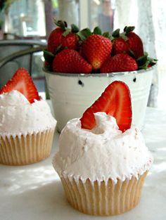 Magnolia Bakery's strawberry cupcakes- June's cupcake of the month!