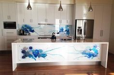 Kitchen splashback for your artwork creates unique space and design Glass Fine Art Prints Glass Kitchen, Kitchen Flooring, Kitchen Backsplash, Backsplash Ideas, Kitchen Reno, Printed Glass Splashbacks, Bedroom Cupboard Designs, Kitchen Wallpaper, Furniture Repair