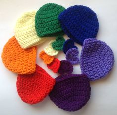 New born hats, made in round thehttp://www.bevscountrycottage.com/hats-hats-hats.html