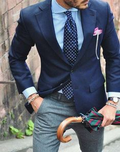 Stylish urban wear // mens suit // mens fashion // menswear //watches // urban men // city boys // mens accessories // city // travel // Click Visit link for more details Mens Fashion Blog, Fashion Mode, Mens Fashion Suits, Urban Fashion, Mens Suits, Fashion Menswear, Fashion News, Style Fashion, Fashion Check