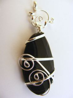Pendant Wire-Wrapped Oval Black Sardonyx  5 Facets on Top Gift Free Shipping e #BullockDorchesterCollection #Pendant