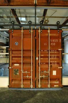 Escritório Container Sustentável: Aplicações Inside Container (5 cases)