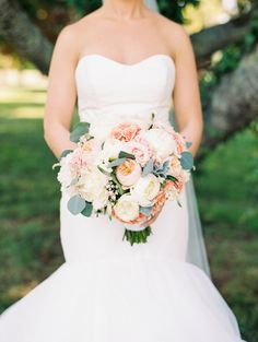 Elegant spring vineyard wedding in Maryland with a gorgeous Hayley Paige dress by Krista A. Jones Photography