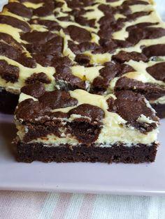 astridkokk – Black and white - chococheesecake - Let Them Eat Cake, No Bake Cake, Allrecipes, Nom Nom, Cake Recipes, Muffins, Cheesecake, Food And Drink, Sweets