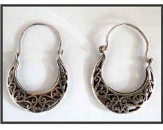 VINTAGE CREOLES BERBER   Silver earrings   ethnic Creole   Berber jewelry    Tuareg jewelry. Bijoux BerberesBijoux DesignBoucle ... 57b324696a4