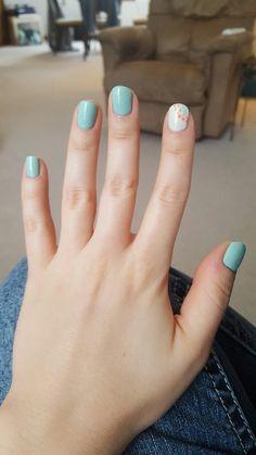 Turquoise and white nails - Catálogo uñas - Dry Nails, Shellac Nails, Nail Manicure, Stylish Nails, Trendy Nails, Cute Nails, Acrylic Nail Tips, Minimalist Nails, Artificial Nails