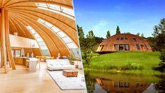 Tournez manège ! Imaginez pouvoir pivoter votre maison pour profiter sans arrêt du soleil ? Véritable nid douillet en bois, la maison-dôme de Patrick Marsilli peut tourner sur elle-même jusqu'à 330…