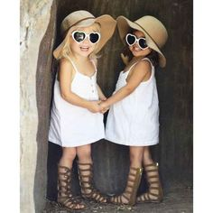 These two pint-sized cuties have a huge fashion following.
