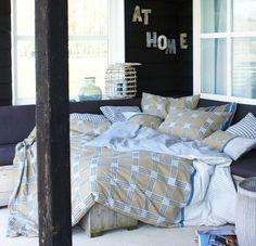 Dit leuke dekbedovertrek van At Home is nu ook in de uitverkoop te vinden via Aldoor! #huis #slaapkamer #Bed #interieur #inrichting #woondecoraties #inspiratie #dekbed #home #bedroom #decorations #inspiration #sale