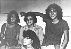 Música ¡Que viva la música! Willie Colon, Cali Colombia, Most Beautiful Pictures, Salsa, Che Guevara, Entertaining, Musica, Marital Status, Antique Photos