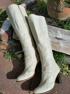 Check out this item in my Etsy shop https://www.etsy.com/listing/243017790/1960s-70s-white-leather-golo-boots