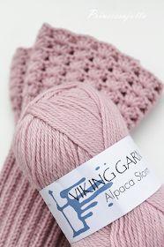 Prinsessajuttu: Villasukat x 5, piristystä perussukkiin Wool Socks, Fun Projects, Mittens, Knitted Hats, Knitting Patterns, Knit Crochet, Winter Hats, Diy, Fashion