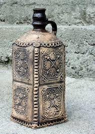 Výsledok vyhľadávania obrázkov pre dopyt historia slovenska Bottles And Jars, Bottle Art, Altered Art, Repurposed, Decoupage, Glass, Home Decor, Bottles, Jars