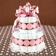 15 modelos de bolo de fraldas para você se inspirar e fazer bonito no seu chá de bebê. Seus convidados vão adorar. Confira agora mesmo!
