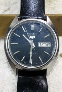Vintage Seiko 5 Automatic Day-Date 17-Jewels Men's Wrist Watch AS-07