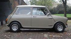 Classic Mini - love the colour - Cumulus Grey I think Mini Cooper Classic, Classic Mini, Mini Cooper Custom, Classic Cars, Mini Morris, Minis, Mini Copper, Automobile, British Sports Cars