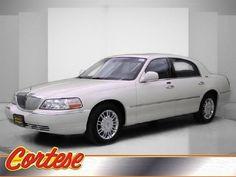 2006 Lincoln Town Car, 42,875 miles, $11,899.