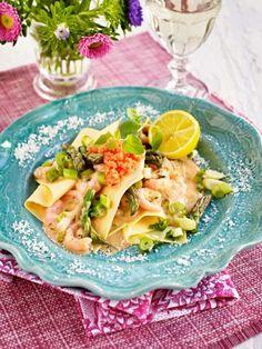 Öppen skaldjurslasagne | En elegant lasagnerätt att överraska vännerna med. Lasagnen förkokas och blir färdig bums!