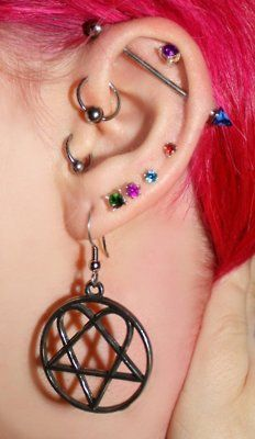 Holy crap... earrings that match my heartagram necklace?! I must have them!!