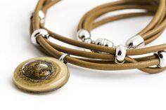 Collar Choker Accesorios en vidrio y cuero Fused glass and leather accesories Necklace by Cristálida www.cristalida.com