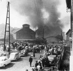 L'immagine simbolo della tragedia della miniera di carbone belga di Marcinelle (8 agosto 1956) raffigurante l'incendio del pozzo Bois-du-Cazier. I minatori italiani morti a Marcinelle furono 136 (262 il numero totale delle vittime).   #TuscanyAgriturismoGiratola
