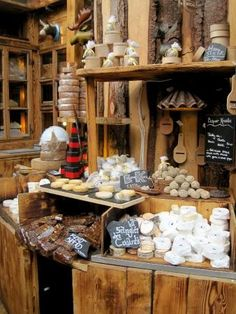 Jumi cheese - from Bern - Belper Knolle (grating cheese with black pepper) and blue cheese Stuffed Mushrooms, Stuffed Peppers, Bern, Blue Cheese, Wedding Stuff, Vegetables, Places, Food, Stuff Mushrooms
