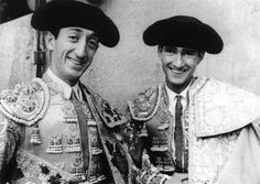 Manolete and the mexican torero Carlos Arruza.