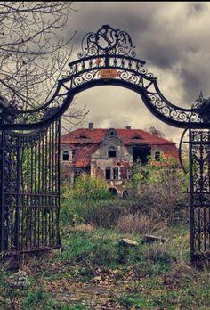 Abandoned by BlackishMagentaWolf Old Abandoned Houses, Abandoned Castles, Abandoned Mansions, Abandoned Buildings, Abandoned Places, Old Houses, Spooky Places, Haunted Places, Unique Buildings