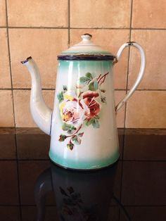 COLLECTION ANCIEN CAFETIERE TOLE EMAILLEE FLEURS Japy ?