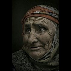 Yaşlı kadın ... old woman