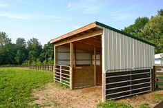 Pasture shelter with stalls
