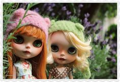 we are going for the real stuff... by OhChiWaWa!, via Flickr. Dolls  Two Blythe girls out and about. Red and blonde hair with darling hats.