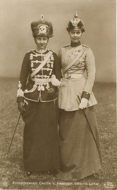 lostsplendor: Kronprinzessin Cecile und Herzogin Viktoria Luise (by joerookery)