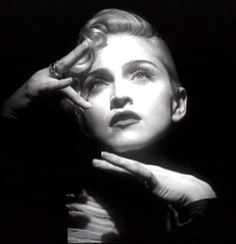 Madonna Vogue, Lady Madonna, Divas, Madonna Albums, Classic Image, Material Girls, Celebrity Photos, Beautiful Pictures, The Incredibles