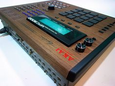 Custom walnut MPC 3000