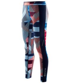 Many brands have recently upped their game in terms of the product colours and SKINS wasn't an exception. Their most popular A200 Women's Compression tights were given a facelift – new catwalk-inspired colours and patterns which should apparently flatter your body. The new styles are called 'Transmission' and 'This Way Up' - read more on my blog