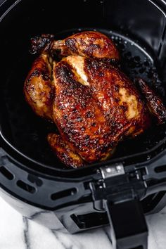 This Buttermilk-Marinated Air Fryer Whole Roasted Chicken comes out unbelievably juicy and delicious. It's so easy to make, just 3 ingredients! Buttermilk-Marinated Air Fryer Whole Roasted Chicken - Whole Roast Chicken Recipe, Whole Roasted Chicken, Roast Chicken Recipes, Stuffed Whole Chicken, Healthy Chicken Recipes, Cooking Recipes, Keto Recipes, Snacks Recipes, Dinner Recipes