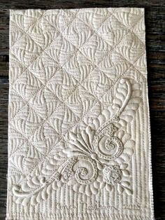This is the corner of a vintage cocktail napkin with exquisite hand embroidery. Hand Quilting Designs, Machine Embroidery Designs, Quilting Ideas, Hand Embroidery, Longarm Quilting, Free Motion Quilting, Whole Cloth Quilts, Quilt Stitching, Hacks
