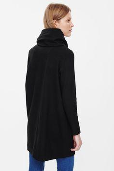 FOLDED COLLAR WOOL DRESS
