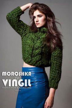 Giant knitting warm sweatshirt for city. Her knitwear. Thick Sweaters, Winter Sweaters, Women's Sweaters, Knit Fashion, Fashion Wear, Style Fashion, Fashion Women, Fashion Design, Giant Knitting