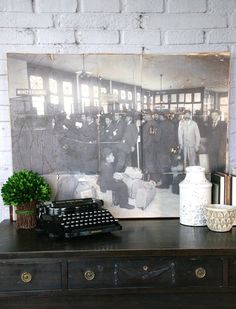 How to easily turn a vintage photograph into a DIY large canvas wall art using your home printer!  Full tutorial http://canarystreetcrafts.com/